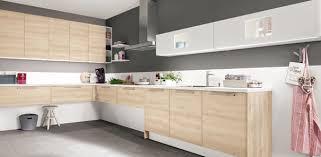 cuisine et couleurs cuisine quelle couleur associer avec le bois darty vous