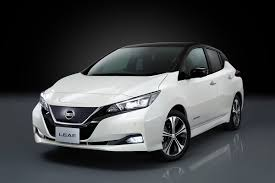 nissan leaf apple carplay new nissan leaf unveiled improved design more power and 235 mile
