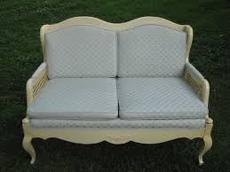 Country French Sofas by 8 Best Settees Images On Pinterest Settees French Furniture And