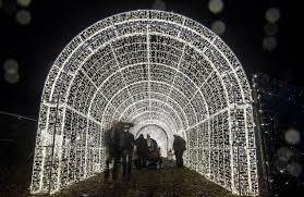 vancouver christmas light maze enchant christmas light maze now open in vancouver viva lifestyle