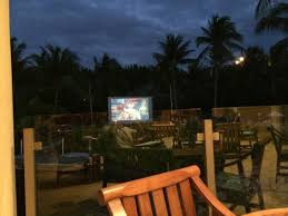 Backyard Movie Theatre by View From Periwinkle Of Outdoor Movie Theatre Picture Of The
