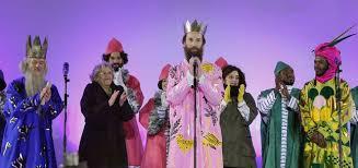 fotos reyes magos cabalgata madrid críticas a manuela carmena por los reyes magos de la cabalgata