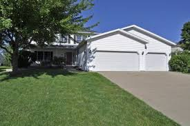 What Is A Rambler Style Home Rochester Mn Real Estate Rochester Homes For Sale Realtor Com
