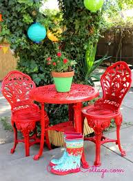 Paint For Outdoor Plastic Furniture by Outdoor Bistro Set Spray Paint Makeover Bistro Set Accent