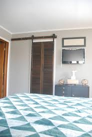 Double Doors For Bedroom Bypass Barn Doors Upcycled And Diyed Bedroom Makeover Ideas Copy