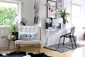 barcelona chair pureinterior