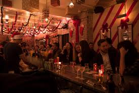 winter in nyc bars restaurants decked out in holiday cheer cbs
