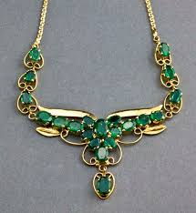 emerald gold necklace jewelry images Leopard antiques brazilian emerald and 14 carat gold necklace Jpg