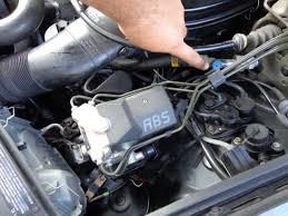 diy mercedes w124 ac compressor clutch goes on and off youtube