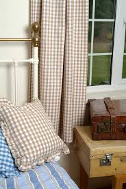 Brown Gingham Curtains Gingham Curtains To Brighten Up Your House Home Design Ideas