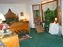 Michigan Bed And Breakfast Heart Wood Place Bed And Breakfast And Day Spa In Adrian Mi 49221