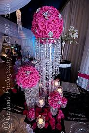 Wedding Centerpieces Pinterest by Best 25 Bling Centerpiece Ideas On Pinterest Bling Wedding