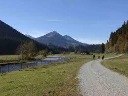 Bad Urach Wandern Wandern Ohne Gepäck Alpenlandtouristik