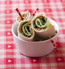 cuisine plus recettes wraps au guacamole saumon fumé et roquette les meilleures