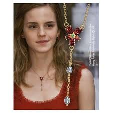 hermione necklace images Harry potter and the deathly hallows part 1 hermione 39 s necklace jpg