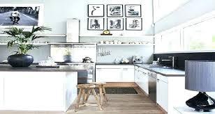 couleur actuelle pour cuisine deco a la peinture blanche latout fraarcheur femme actuelle salon