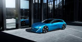 peugeot supercar automobilių dizaino tendencijos nuo didelių ekranų iki