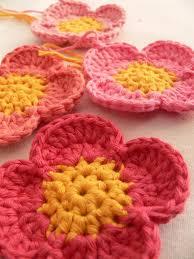 Free Pattern For Crochet Flower - the 25 best crochet flower patterns ideas on pinterest