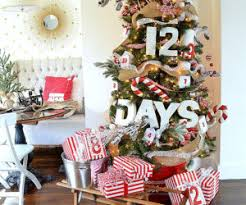 Autumn Tree Decorations Decorate The Stairs For Christmas U2013 30 Beautiful Ideas