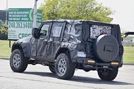 jl jeep release date jeep surprising 2018 jeep wrangler 2018 jeep wrangler spy photo