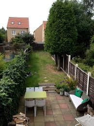 q can you help me create an attractive dog friendly garden