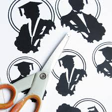 Diy Graduation Centerpieces by Diy Graduation Decoration With Free Printable The Graphics Fairy