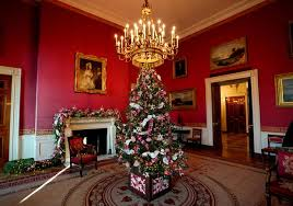 Christmas decorations  White House Christmas 2017  Pictures  CBS News
