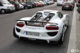 porsche spyder 918 porsche 918 spyder weissach package 22 november 2016 autogespot