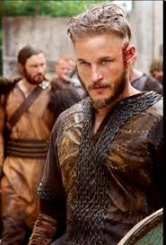 travis fimmel hair vikings travis fimmel looks so much better as a viking than in real life
