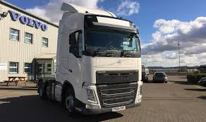 the volvo commercial commercial motor u0027s used truck of the week 2014 volvo fh4 6x2