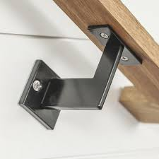 Handrail Fittings Suppliers Best 25 Handrail Brackets Ideas On Pinterest Stair Handrail