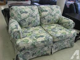 Broyhill Loveseat Prices New U0026 Used Broyhill Loveseat For Sale 19 Ads In Us Lowest Prices