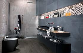 badfliesen grau badfliesen ideen grau glasmosaik dunkel sanitaer schwarz