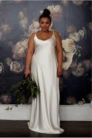 plus size wedding dress designers 27 designer plus size wedding dresses brides