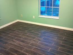 Ceramic Tile Flooring That Looks Like Wood Wood Tile Flooring Bikepool Co