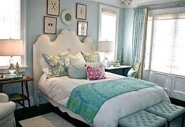 decoration de chambre de nuit la touche féminine pour une chambre déco unique design feria