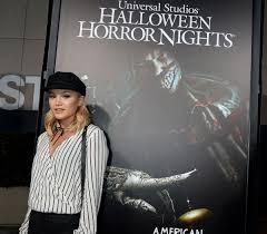universal halloween horror nights 2016 olivia holt at halloween horror nights opening in universal city