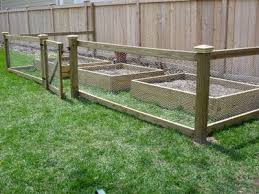 Simple Garden Fence Ideas 15 Diy How To Make Your Backyard Awesome Ideas 5 Chicken Wire