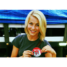julianne hough hairstyle in safe haven julianne hough safe haven photos hair hairstyle gallery polyvore