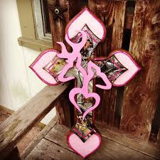 pink camo cross i absolutely love this changing up the decor pink camo cross for the country ladies love it and love jesus