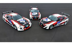 lexus lfa nurburgring youtube lexus lfa returns to 24 hours of nurburgring with two toyota gt86s