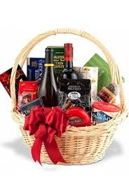 liquor gift baskets custom gift baskets apollo liquor
