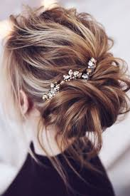 marriage bridal hairstyle best 25 messy wedding hairstyles ideas on pinterest messy