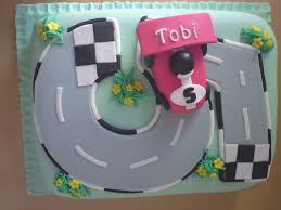 Race Car Birthday Cake For A 5 Year Old Cakecentral Com
