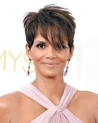 15 flattering haircuts for older women