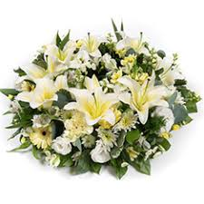 funeral wreaths funeral wreaths flowers southton gannaways florist