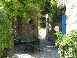 chambre d hote en drome provencale l hermitage aux sources chambre d hôtes avec piscine crest drôme
