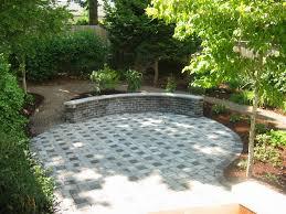 backyard patio and path ideas gravel patio garden designs