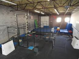 Gym Flooring For Garage by 816 Best Garage Gym Gym Studio And Fitness Images On Pinterest