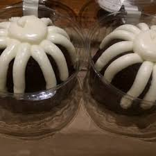 nothing bundt cakes 128 photos u0026 95 reviews bakeries 595